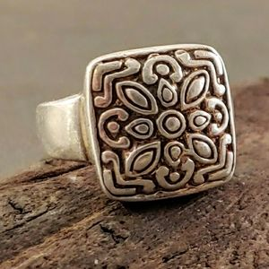 India Inspired Pattern Design Ring
